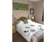 2 bed Flat to rent in Middlefield Terrace...