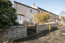 3 bedroom End of Terrace house for sale in Cairnwell Drive...