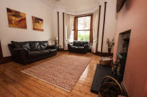 2 bed Apartment to rent in Abergeldie Terrace