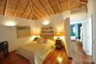 5 bedroom Detached Bungalow for sale in Algarve, Guia