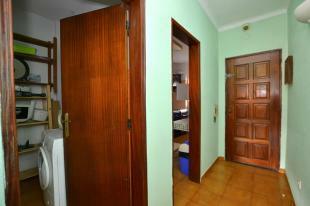 Hallway and storeage