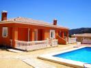 2 bed Semi-Detached Bungalow in Valencia, Alicante...