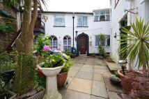 Maisonette to rent in Babbacombe Road, TORQUAY...