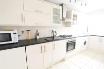 Flat to rent in Grange Road, Billericay...