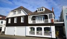 Apartment for sale in Beach Walk, Whitstable