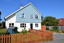 4 bed Detached house in Queens Road...
