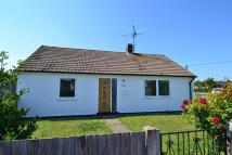 2 bed Bungalow in Woodman Avenue...