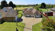4 bedroom Detached Bungalow for sale in The Drove, Chestfield...
