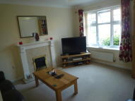 Town House to rent in Mill Chase Close...