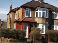 2 bedroom Flat to rent in Horns Road, Barkingside...