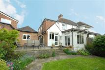 semi detached home to rent in Pinner