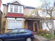Maisonette to rent in Central Harrow