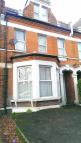 Studio apartment in Green Lanes, London, N13
