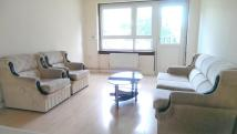 3 bedroom Flat in Brownswood Road, London...