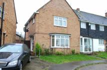 3 bedroom semi detached house to rent in Worlds End Lane, Enfield...