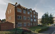 1 bed Flat to rent in Linwood Crescent...