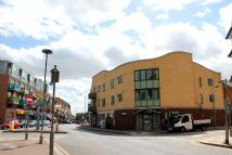Flat to rent in West Green Road, London...