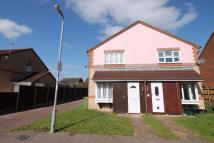 1 bed semi detached house in Denny Gate...