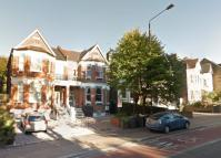 2 bed Maisonette to rent in Colney Hatch Lane...