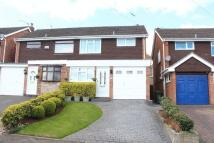 3 bed semi detached house in WORDSLEY, Rothesay Drive