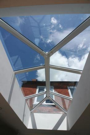 Lantern Roof l...