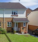 2 bedroom semi detached property in Maes Y Wennol, Miskin...