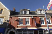 2 bedroom Apartment in Johns Street, Porthcawl...