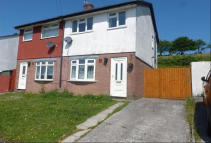 3 bedroom semi detached home in Meadow Rise, Brynna...