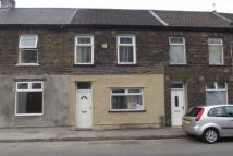 Terraced property to rent in Llewellyn street