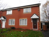 2 bedroom semi detached house to rent in Yorkshire Gardens...