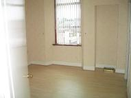Ground Flat to rent in Carlibar Road, Barrhead...