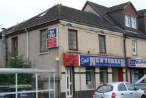 Flat to rent in Main Street, Barrhead...
