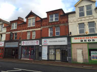 Studio flat to rent in Whitby Road...