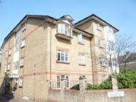 1 bed Flat in Oak House, Manor Road...