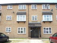 Parish Gate Drive Flat to rent