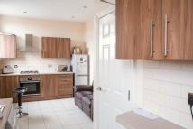 Flat to rent in Durning Road, Liverpool...