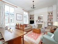 2 bed Flat in Overstone Road, LONDON