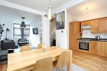 3 bed Terraced home in Galloway Road, LONDON
