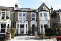 6 bedroom semi detached house in Rivercourt Road, London