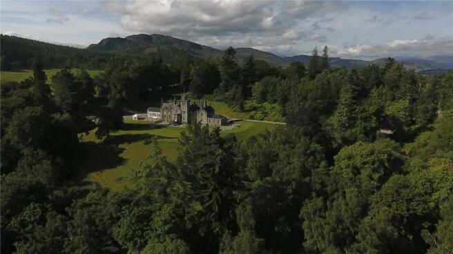 Glentruim House