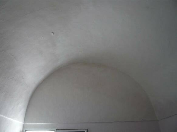 Ceiling in bedroom 3