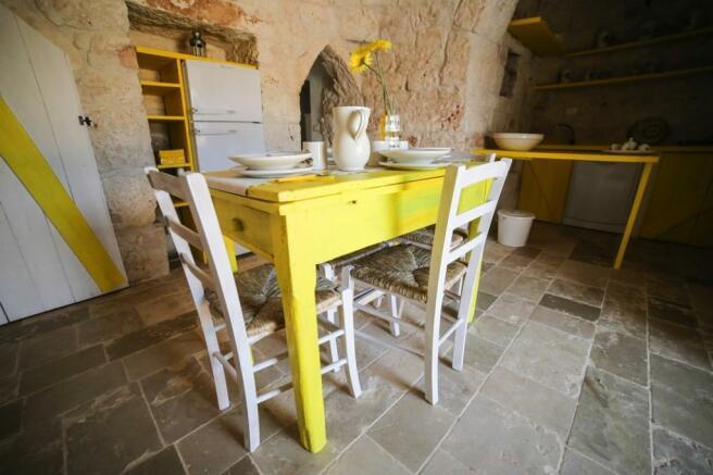 Kitchen in trullo