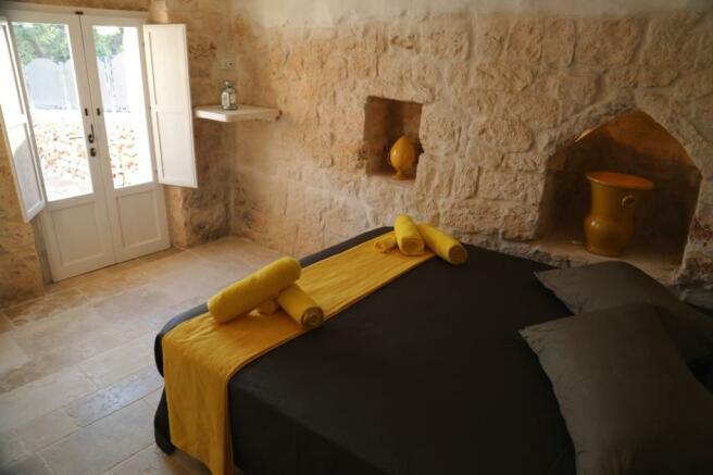 Bedroom 3 in trullo