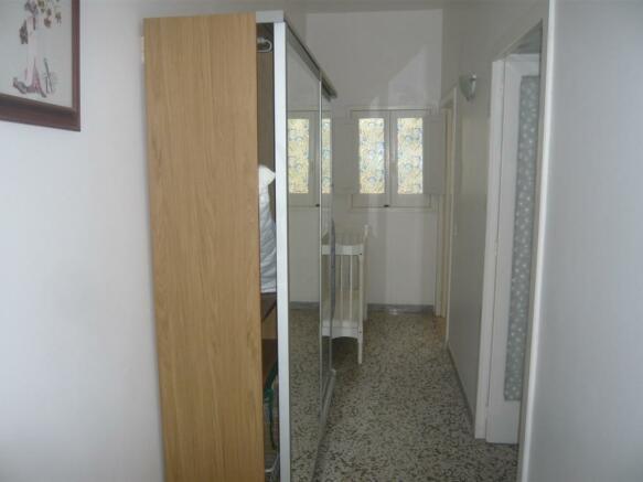Hallway apartment 1