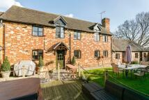 3 bedroom Cottage in Woodlands Lane...
