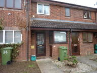 Studio apartment to rent in River Leys...