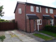 Town House to rent in Stirling Avenue...