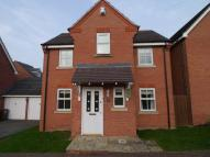 Detached house in Barons Close...