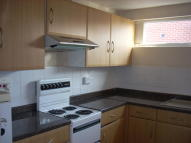 Flat to rent in Burns Road, Loughborough...