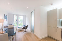Studio apartment in Maltby House...
